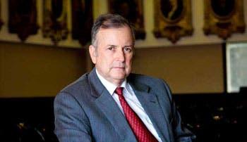 Ottón reprende a Ministro de Hacienda