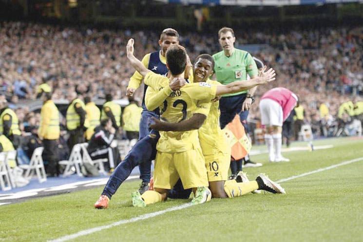 Villarreal frena al líder