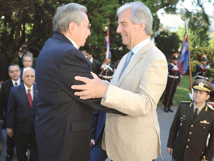Castro y Vázquez incrementarán comercio e inversiones