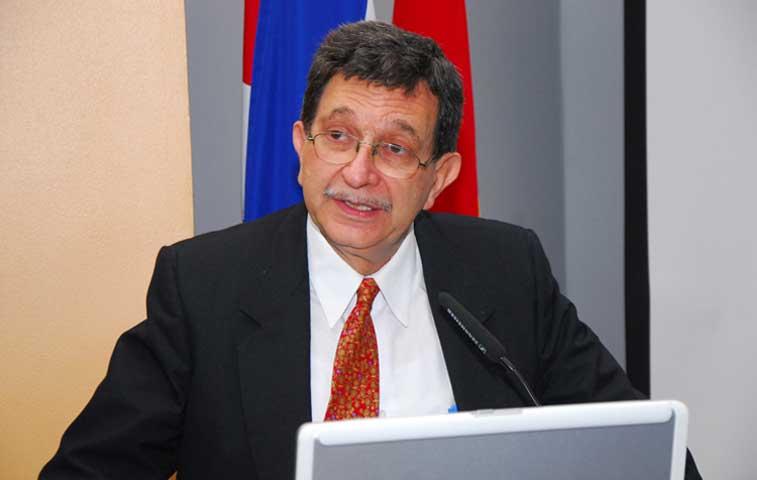 Ministro de Vivienda a rendir cuentas ante diputados