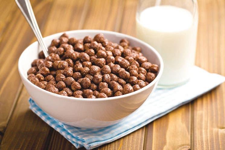 Nestlé redujo el azúcar de sus cereales
