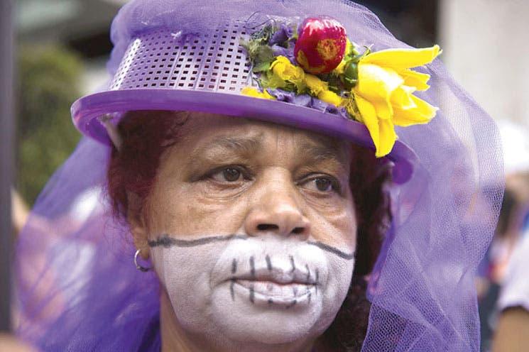 Rousseff sancionará ley que tipifica el feminicidio como crimen