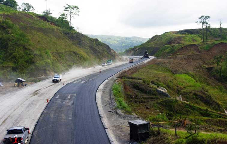 Esperan que carretera a San Carlos esté lista en junio de 2016