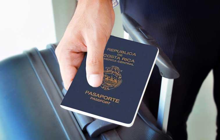 Siete mil ticos tramitaron pasaporte en primeros meses de 2015