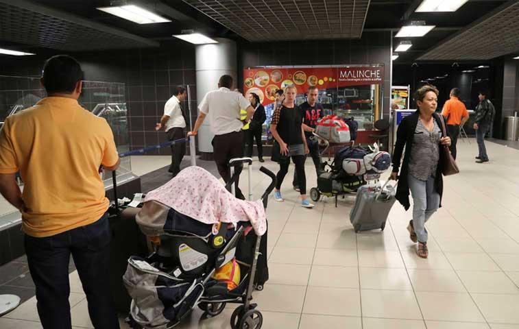 7 mil pasajeros afectados por cierre de aeropuerto