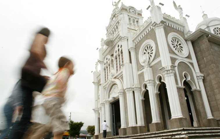 Basílica de los Ángeles será emblema en Hora del Planeta