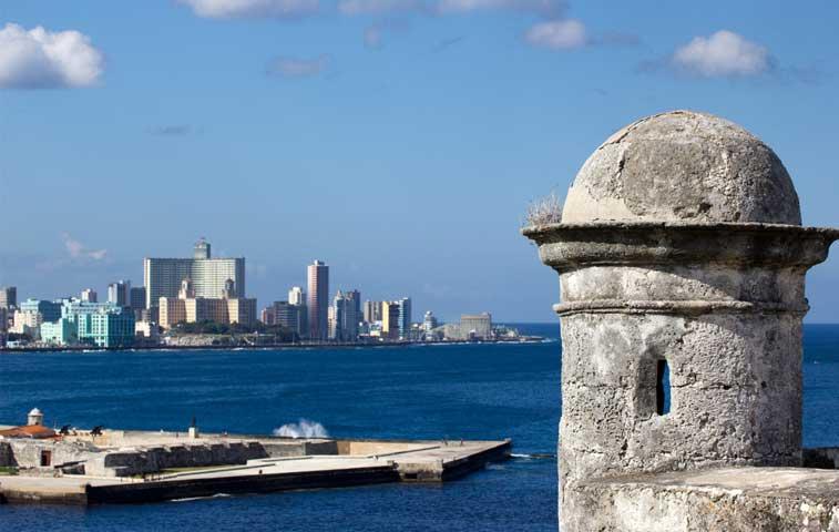 Cuba y EE.UU. retoman vuelo chárter directo entre La Habana y Nueva York