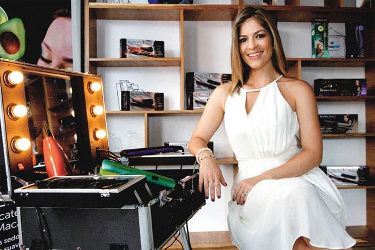 Viviana Calderón se une a la familia Remington