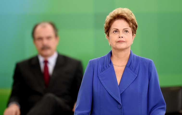 Brasil superará dificultades económicas a corto plazo dijo Rousseff