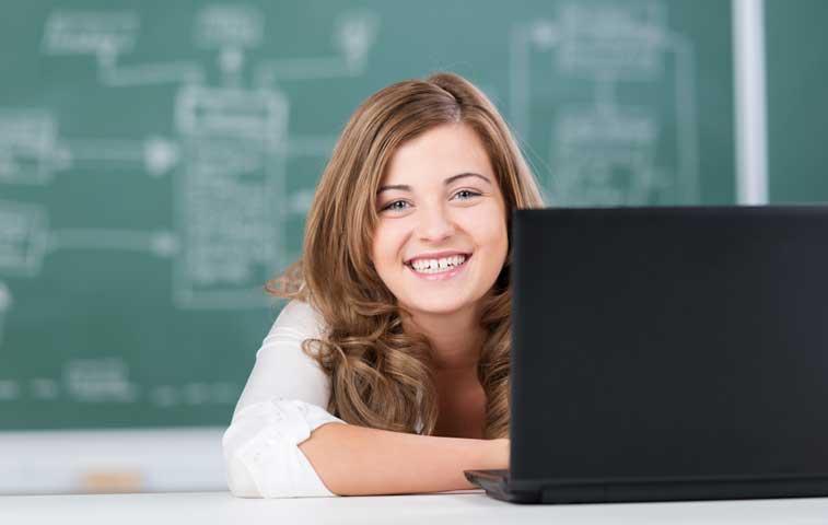 BCR brinda servicios de pago a estudiantes del TEC