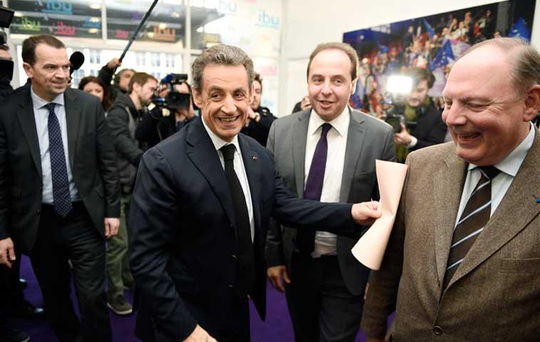 Sarkozy, Le Pen y Valls se preparan para segunda vuelta
