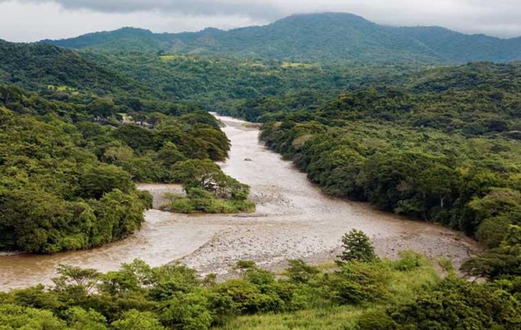 No se permitirían más proyectos hidroeléctricos en cinco ríos