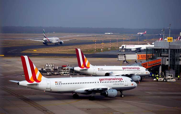 EE.UU. ofrece asistencia tras catástrofe aérea