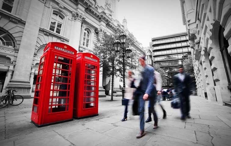 Inflación británica cae a nivel récord de 0%