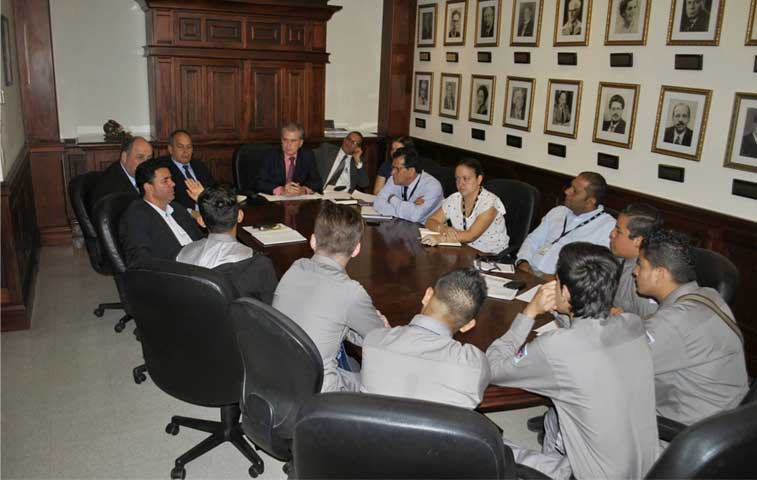 MEP logra acuerdo con estudiantes del Liceo de Costa Rica