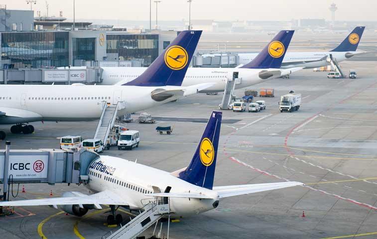 Aerolíneas europeas caen con fuerza y arrastran a las bolsas