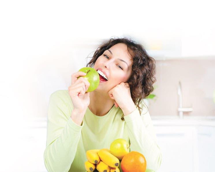 Una manzana al día no libra del médico, pero sí de la farmacia