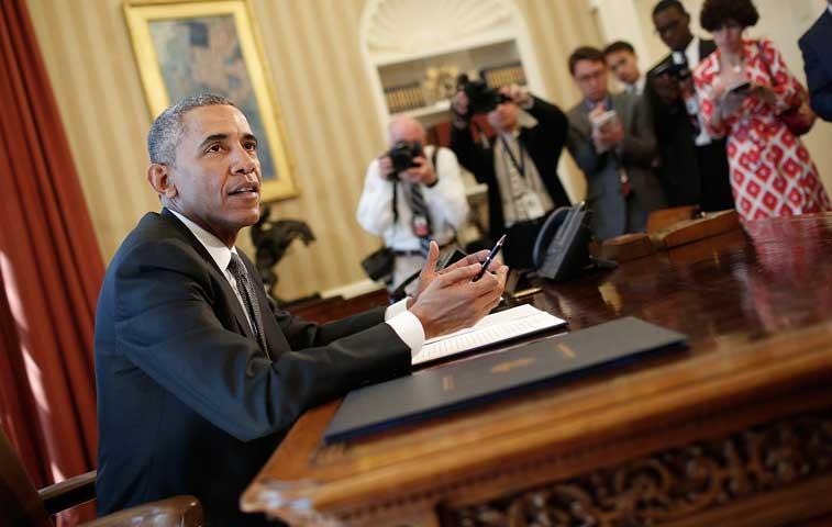 Obama autoriza imponer sanciones a responsables de ciberataques