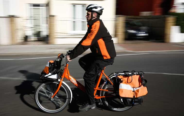 Fedex compra empresa de mensajería holandesa TNT