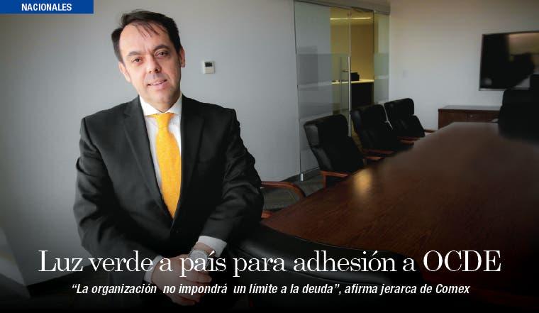 """Alexánder Mora: """"La OCDE no nos va a poner un límite de endeudamiento"""""""