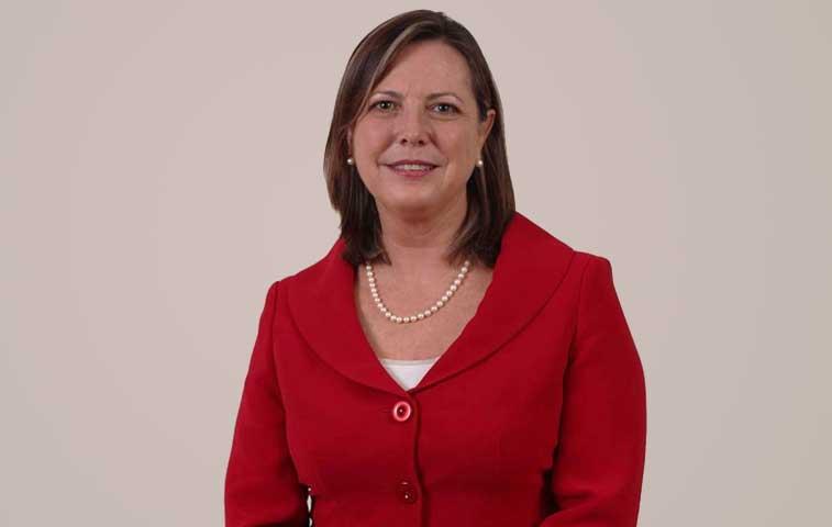 Gisela Kopper deja vacante su cargo de ministra