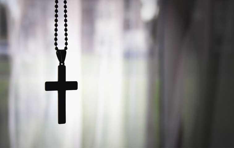 Afectados por prohibición de FIV piden opinión a Iglesia