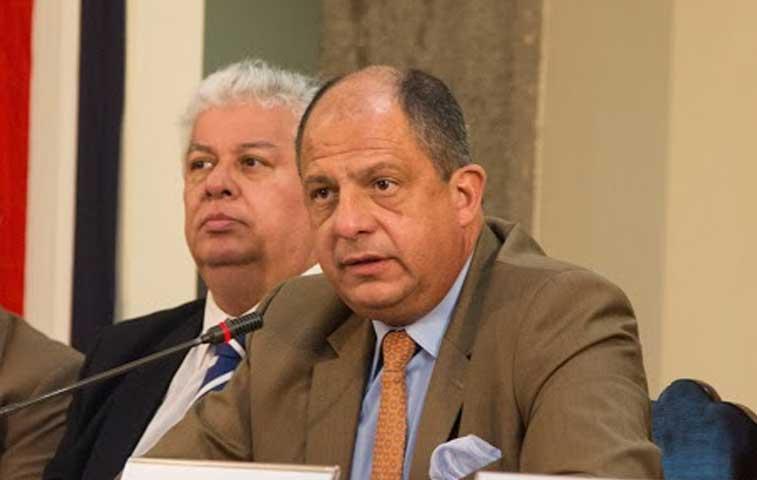 Morales confirma que Presidente habla de una renuncia con Melvin