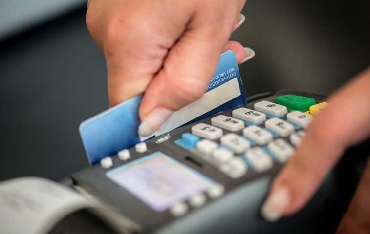 Lotería Fiscal repartió ¢100 millones entre cuatro tarjetahabientes