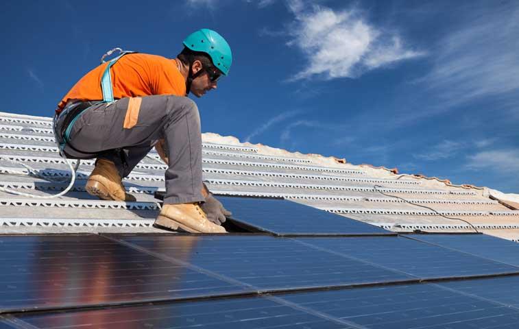 Aresep tiene lista banda de precios para generación solar