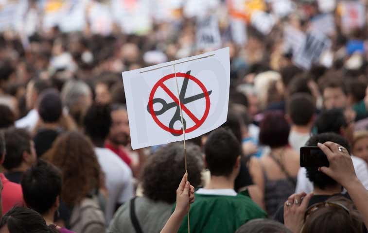 Universitarios marcharán para defender su presupuesto estatal