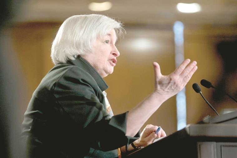 La Fed comienza reunión para analizar el retraso del alza de tipos