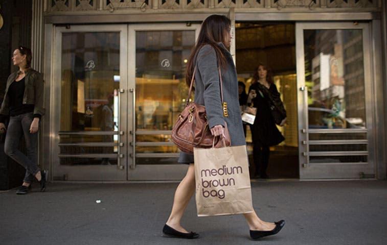 La Fed busca datos que indiquen que la felicidad pasa por el consumo