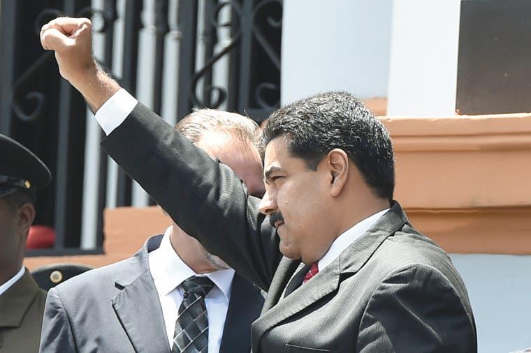 Maduro arremete contra agencias de prensa