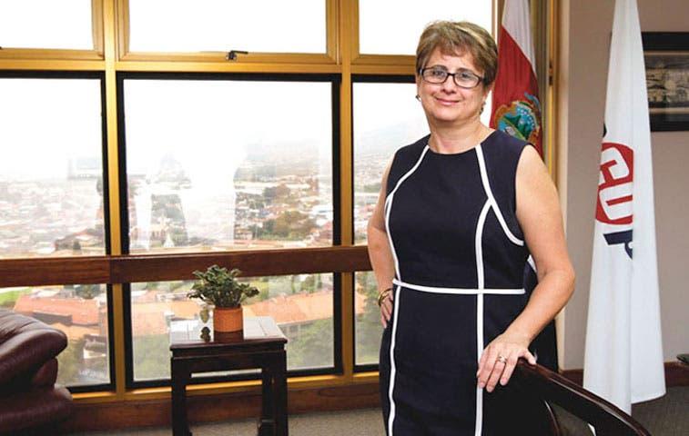 Presidenta de Recope será responsable de faltante de gas