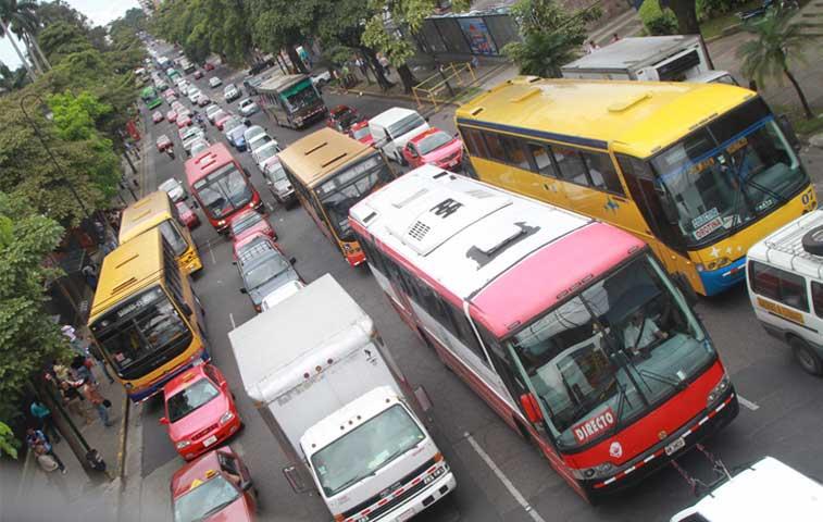 Piden investigar al Consejo de Transporte Público