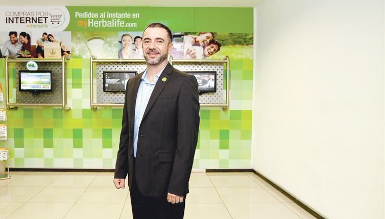 Herbalife busca añadir más personas a su negocio
