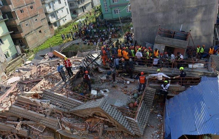 Nuevo terremoto de 7,4 golpeó a Nepal