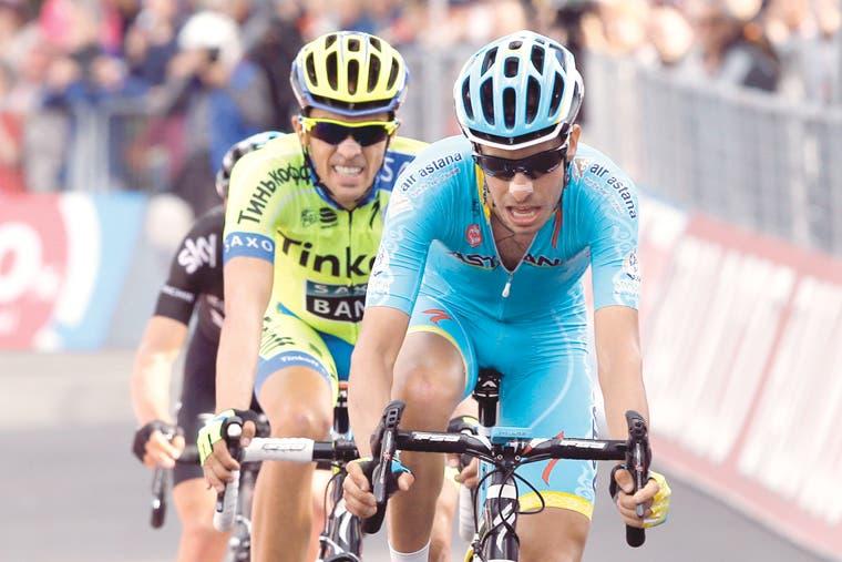 Amador se luce, Contador manda