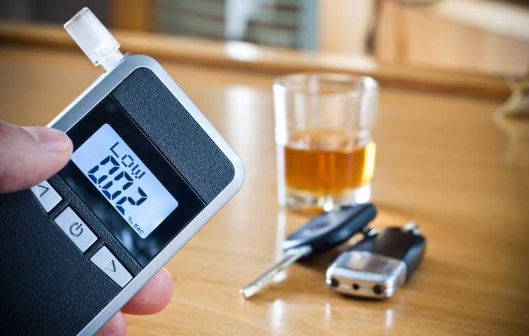 Aplicación de alcoholemias se encuentra en disputa