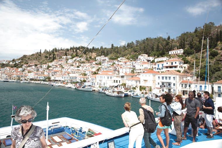 Turistas evitan Grecia por riesgo con cajeros automáticos