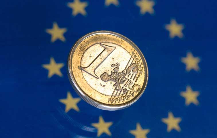 El fortalecimiento imprevisto del euro desbarata el carry trade