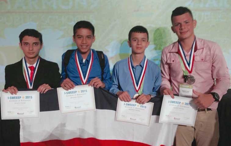 Estudiantes de Upala ganan medallas de plata y bronce en EE.UU.