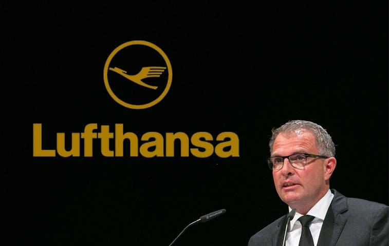 CEO de Lufthansa propone exámenes médicos sin previo aviso