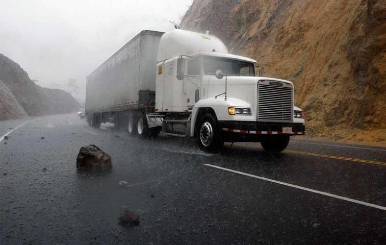 Lanamme: Ruta 27 pierde capacidad estructural