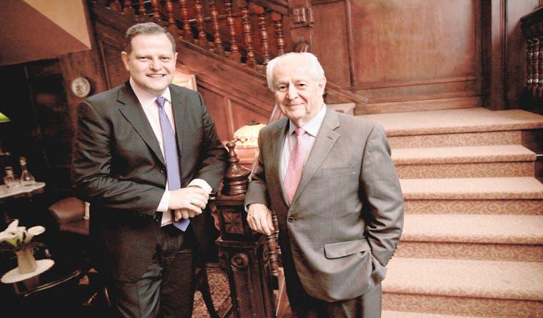 Fernando Naranjo vuelve al negocio aéreo