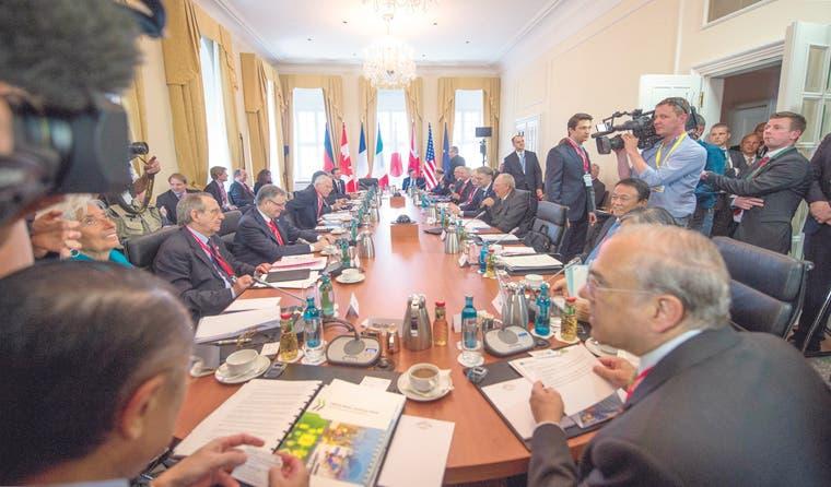 Prestigiosos economistas alertan al G7 de burbujas financieras