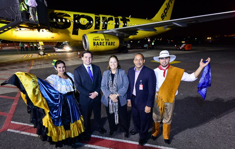 Viajeros pueden usar ruta de bajo costo a Houston con Spirit Airlines