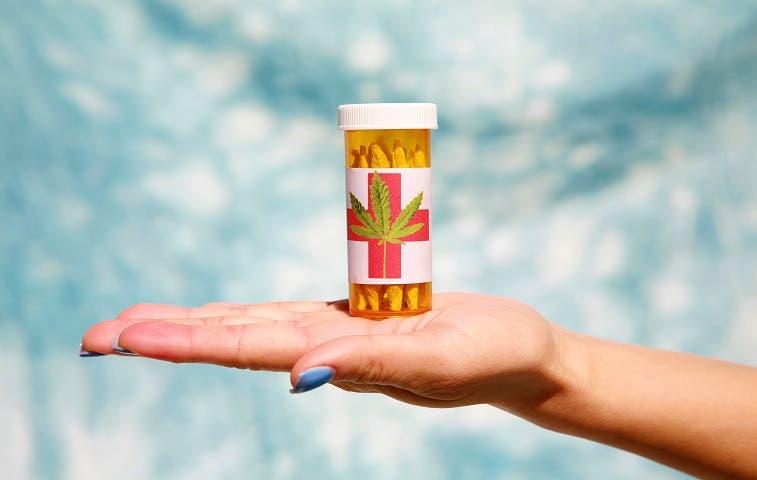 Farmacias podrían vender cannabis medicinal
