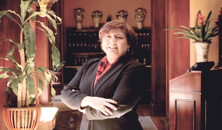 Momento de empoderar a las mujeres en la banca