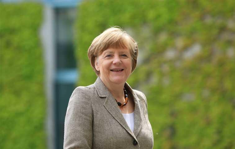 Merkel estrena cuenta en Instagram con gran éxito de fans